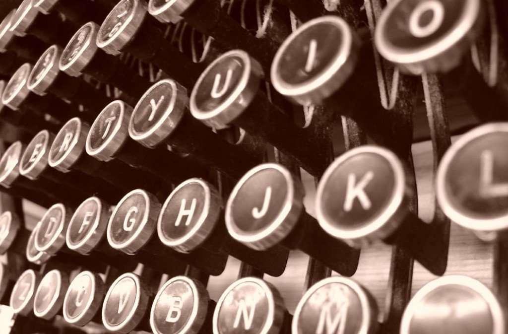 typewriter-1510114